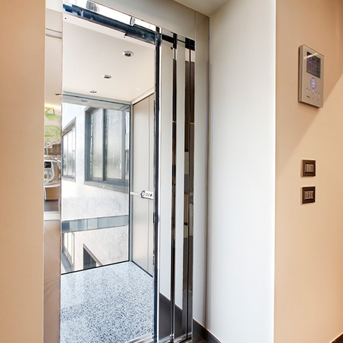 Traction Wheelchair Lift : The platform lift company ltd andover hampshire sp rw