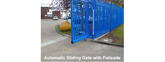 Sliding gate with palisade