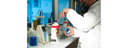 Bellingham & Stanley; OPTi Brix refractometer in the lab fruit juice testing