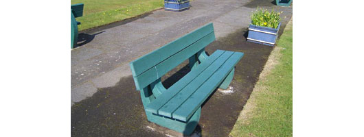 Bowling Green Swansea recycled plastic benches