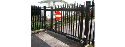 Hinged Gates from Frontier Pitts