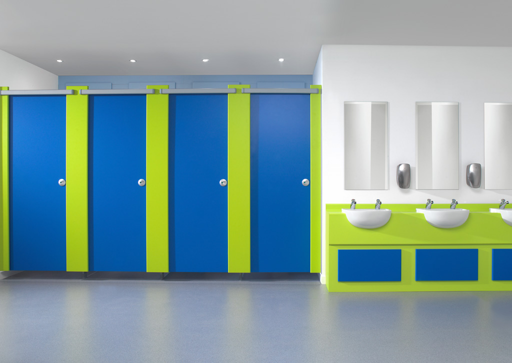 Profiles™ Washroom cubicle