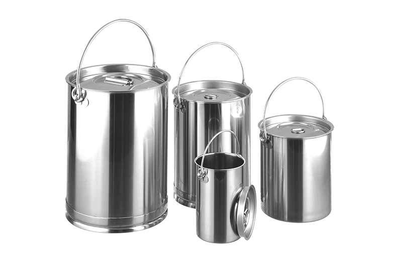 Cans with Lids