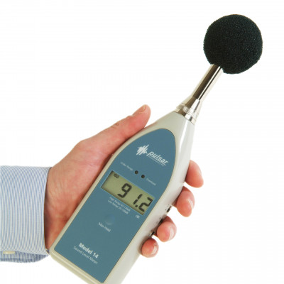 Low cost digital sound level meter Model 14