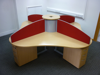 Elite 4 person light oak call centre