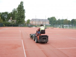 Artificial Clay Tennis Court Cleaning Maintenance