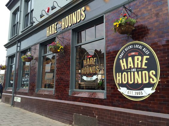 Hare and Hounds signage